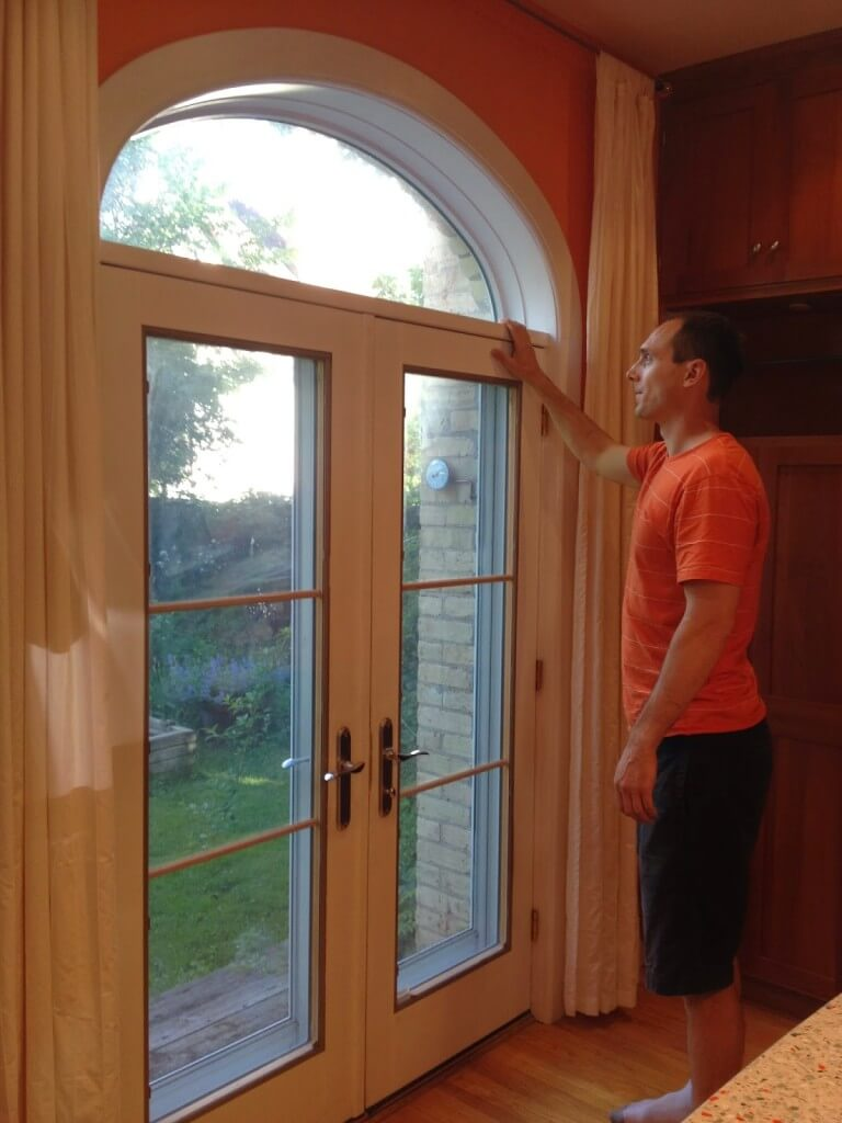 Crescent Windows are Helpful for Tall People to See the Sky