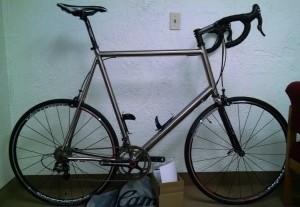 6'9 Titanium Bike for Tall People